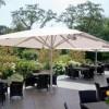 Warema reprend le spécialiste des parasols Caravita