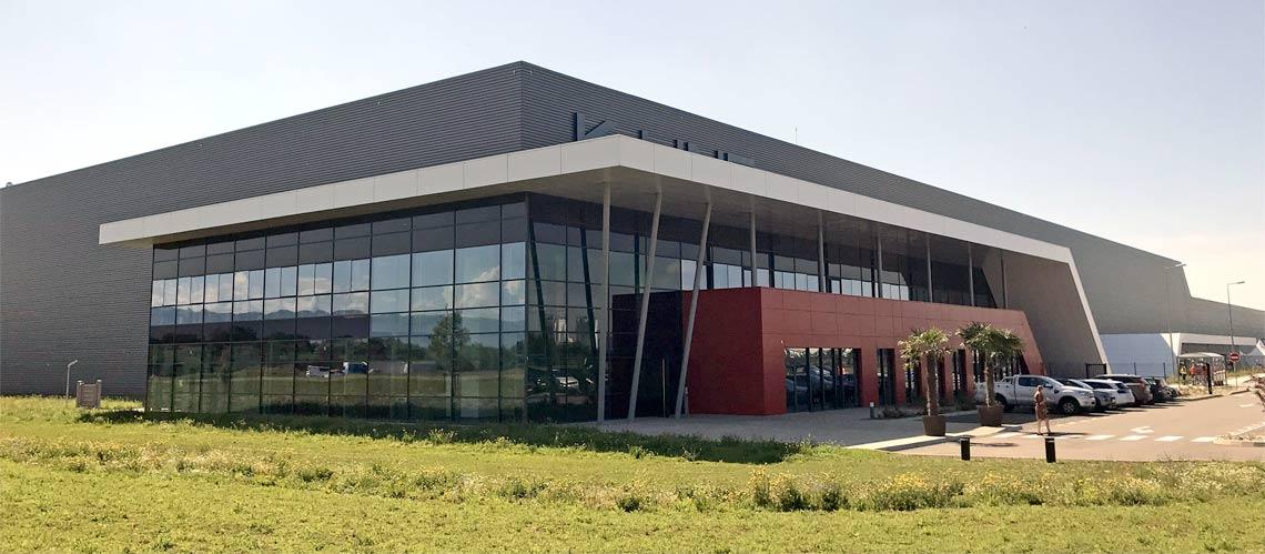 K•Line inaugure sa nouvelle usine de fabrication de fenêtres dans l'Ain