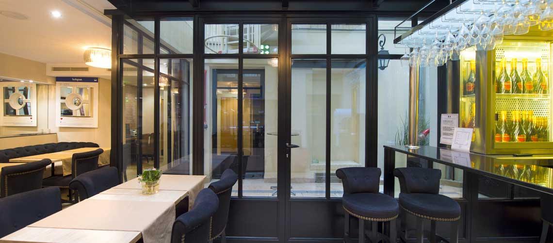 Riou Glass enrichit son offre de vitrages rayonnants CalorGlass et booste son réseau de commercialisation