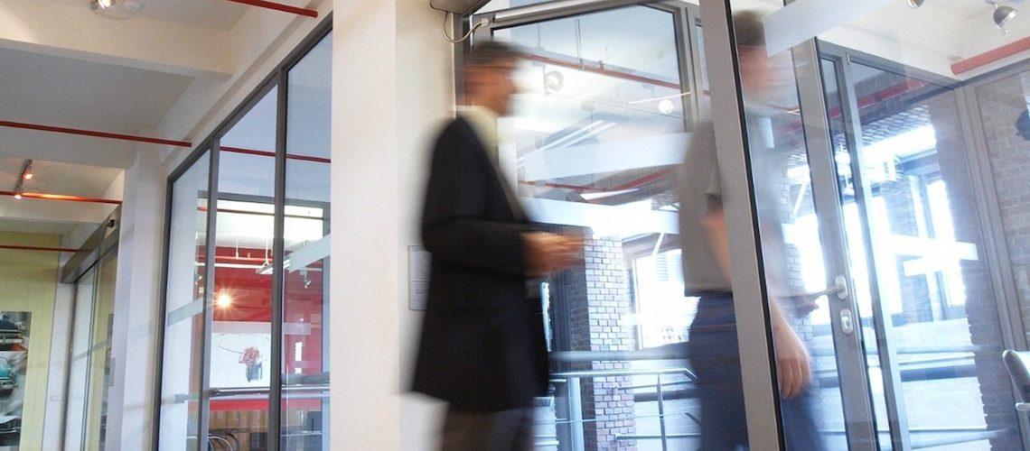 La Société De Droit Suisse Agta Record Annonce Que Les Actionnaires De La  Société Familiale 3B Finance GmbH, CM CIC Investissement Et La Banque  Fédérative ...