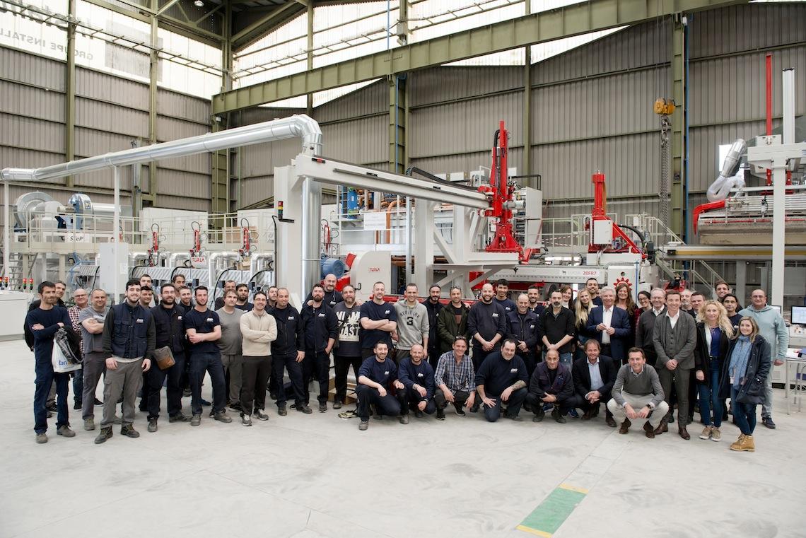 Le Groupe Installux investit 10 millions d'Euros dans une nouvelle presse d'extrusion et poursuit sa croissance verticale