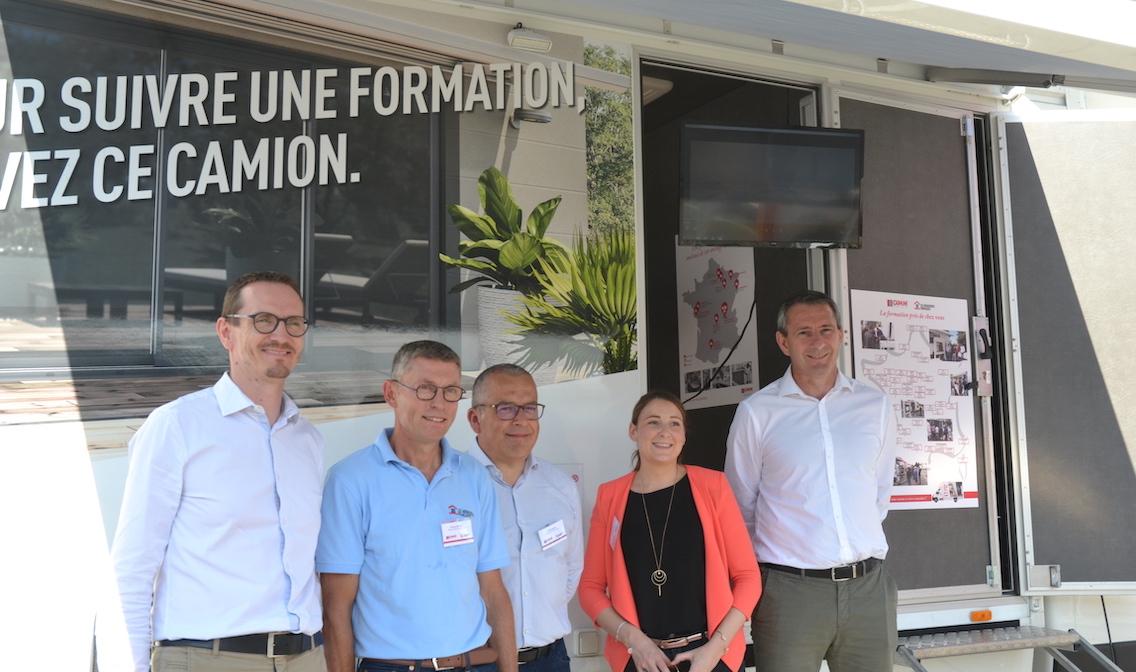 Vendée : l'usine Cougnaud a ouvert ses portes à Verre & Protections Mag