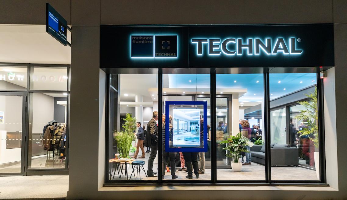 """""""Maisons de Lumière by Technal"""" devient un réseau de concessionnaires dédié aux menuiseries aluminium de la marque"""