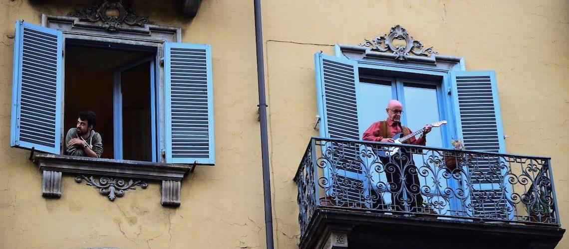 Edito spécial Coronavirus : les fenêtres c'est fait pour chanter la vie !