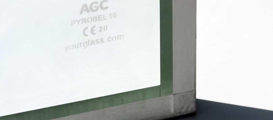 AGC double la période de garantie à 10 ans pour ses verres résistants au feu Pyrobel et Pyrobelite