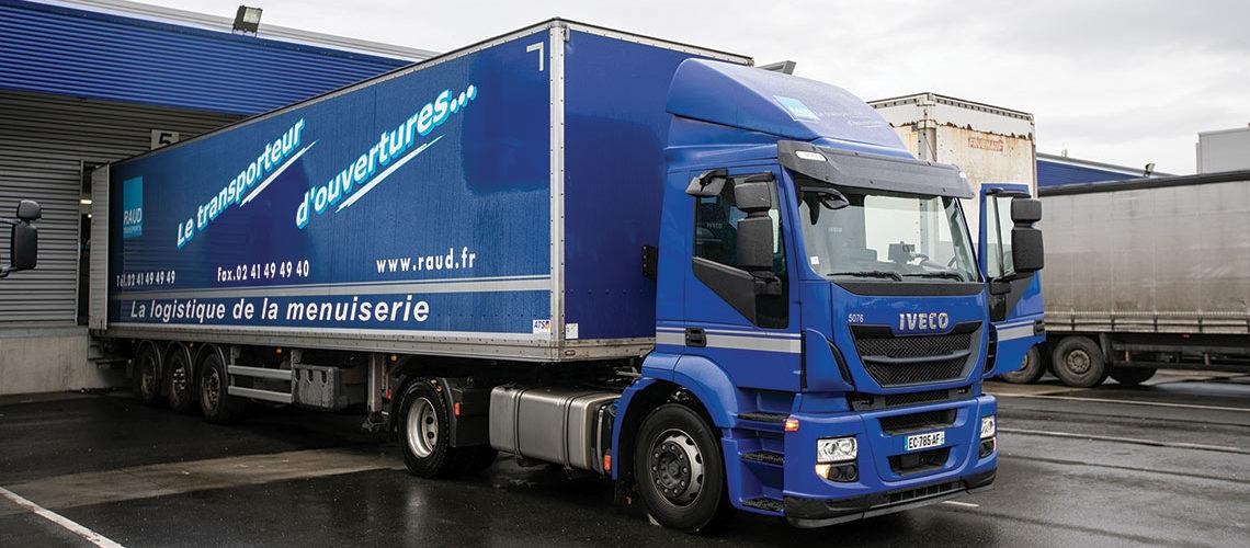Mousset accélère ses investissements pour le transport des menuiseries