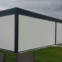 Store zip screen vertical exterieur pour portection solaire et anti vent par Profilstores